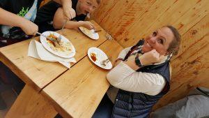 Lecker Sostmann Bratwurst genießen